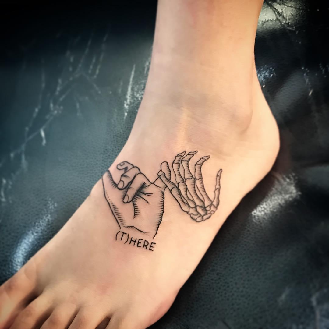做车间主任的通小姐脚背手纹身图案图片
